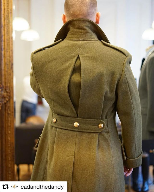 We absolutely love the detail in this #Military style coat from @cadandthedandy. Using traditional Ren Khaki cloth from our True Heritage collection. #choosewool #madeinbritain #britishtextiles ・・・ Greatcoat : great coat