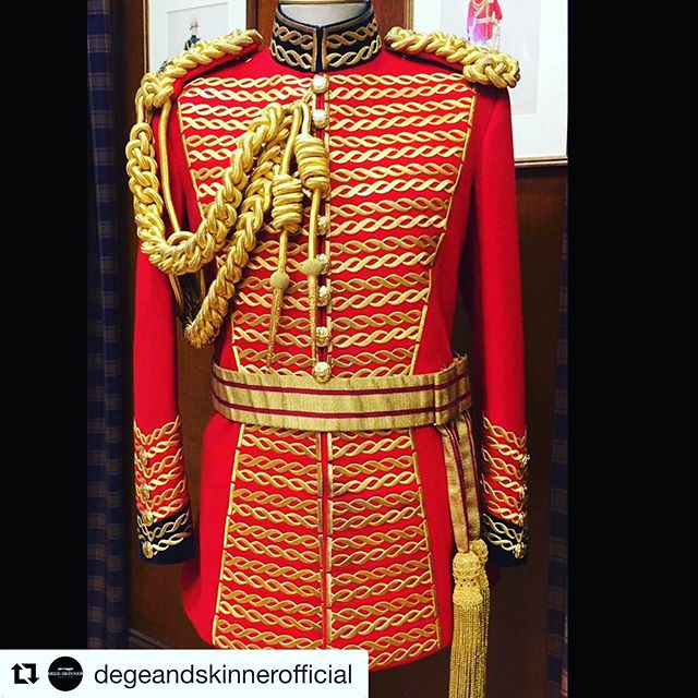 One of the #iconic ceremonial uniforms ready for #troopingthecolour on Saturday. We can't wait to see our beautiful cloth out in full force for this special occasion #fabricofanation #britishheritage  #Repost @degeandskinnerofficial ・・・ Master of the Horse uniform ready for this years Queens Birthday Parade.