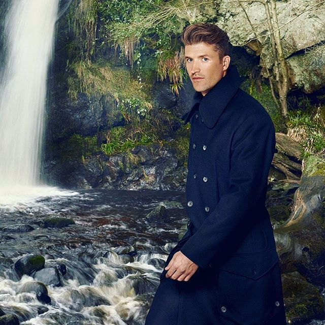 """""""As a designer, I develop very detailed and functional clothing. In using Hainsworth fabric I was able to develop the brief to achieve the high standard that I was looking for. The fabrics are luxury quality English woollen cloth."""" @ochaandgarth  The @ochaandgarth Charles coat, made from Navy Serge from our #TrueHeritage collection. Browse our fabric collections via the link in our bio. #fabricofanation #fashiondesigner #fashion #fashiondesign #bestofbritish #britishstyle #britishtextiles #choosewool #merinowool"""