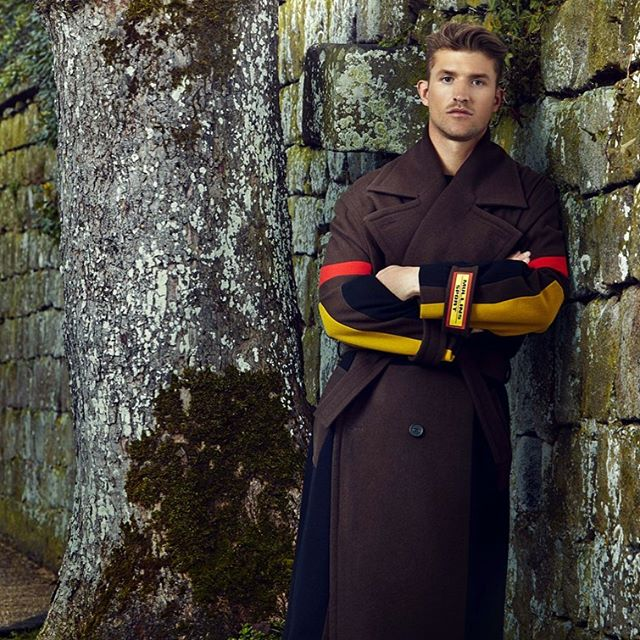 """""""I have worked with AW Hainsworth right from the beginning of my career as a designer, for my Graduation Show, visiting the mill and hand selecting cloth. They produce a quality product with a fantastic range of iconic colours that I now trust."""" @alexmullins111  This striking overcoat from Alex Mullins features shades of our Vivid Hues Melton in Brown, Black, Scarlet and PoW Gold. Browse our fabric collections via the link in our bio. #fabricofanation #fashiondesigner #fashion #fashiondesign #bestofbritish #britishstyle #britishtextiles #choosewool #merinowool"""